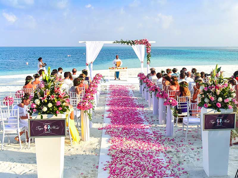 7 Useful Tips for Planning an Outdoor Wedding